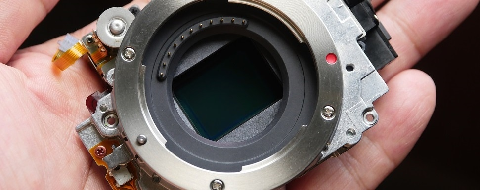 CMOS Image Sensors in Optical Microscopy