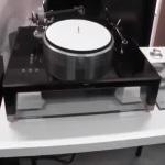 Döhmann Helix 1 Turntable Now Integrated with Minus K Vibration Isolator